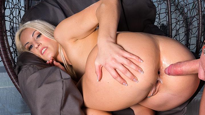 Porn Video Blond Blanche